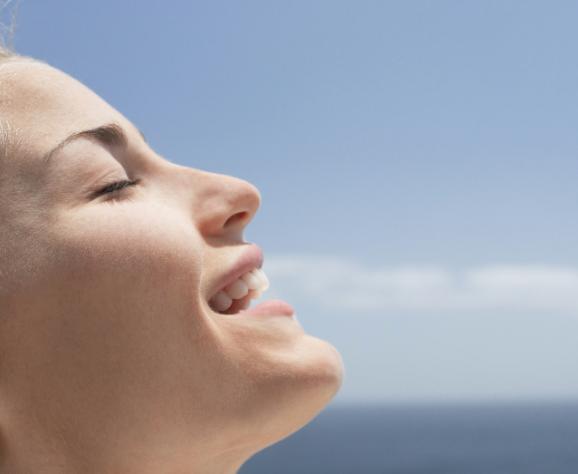 """HydraFacial """"Beste behandeling om je huid te transformeren"""" volgens New Beauty"""