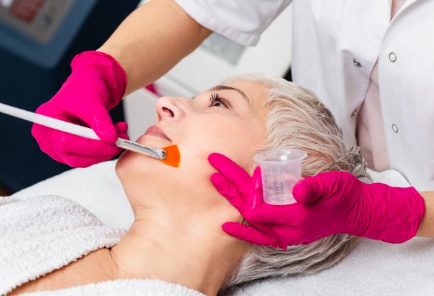 PCA Peelings: dé behandeling waarmee we intensief aan huidverbetering werken
